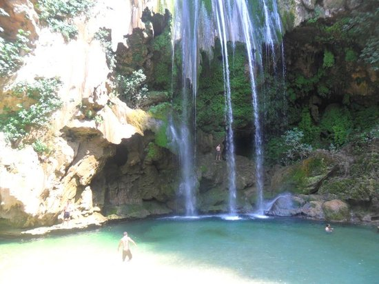 Cascades d'Akchour: despues de una hora y mdio de camino te mereces un baňo