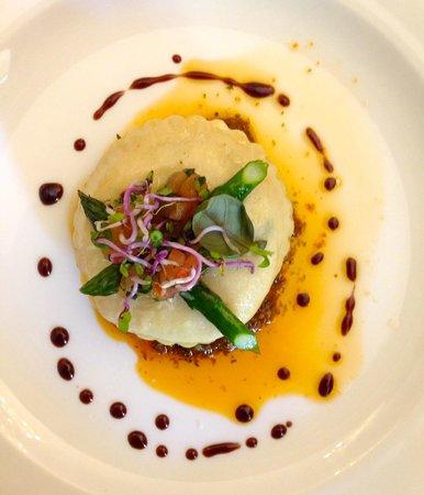 Gorton's Restaurant: Goats's cheese ravioli starter
