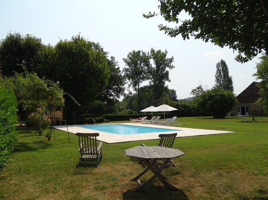 Le moulin des fumades b b payrignac france voir les for Piscine moulins