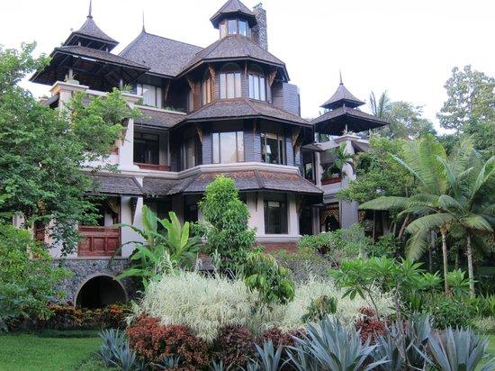 Lana Thai Villa: The Villa