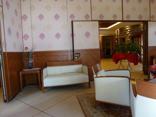 Grand Palais Excelsior Hotel & SPA : La reception