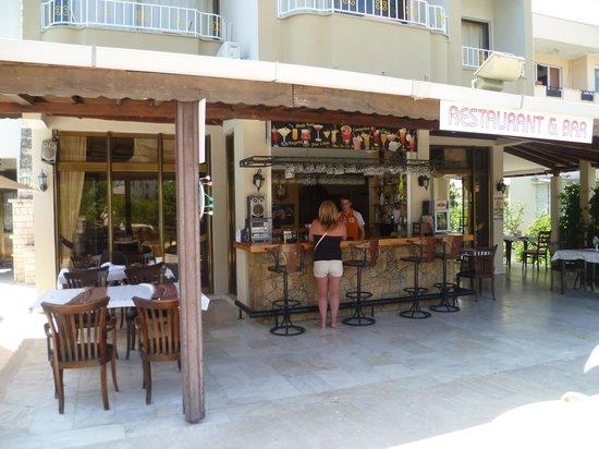 Hani Hotel: Bar at Hani