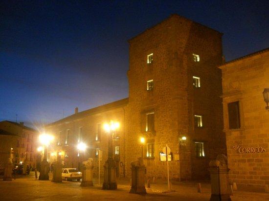 Palace of Los Velada : velada by night