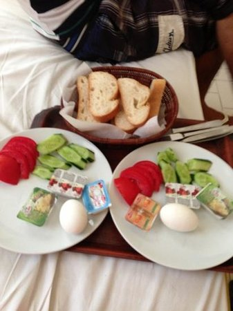 Hotel Dost: the traditional Turkish breakfast u get every morning