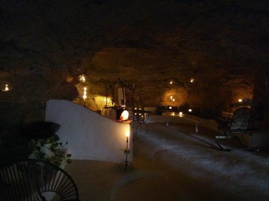 Casa Calleja : In the cave