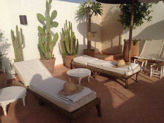 Riad les Orangers d'Alilia Marrakech: Sun terrace