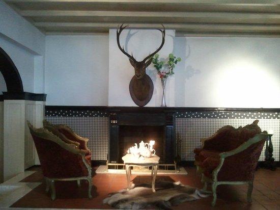 Landgoedhotel Villa Vennendal: Diner en ontbijtzaal knus hoekje