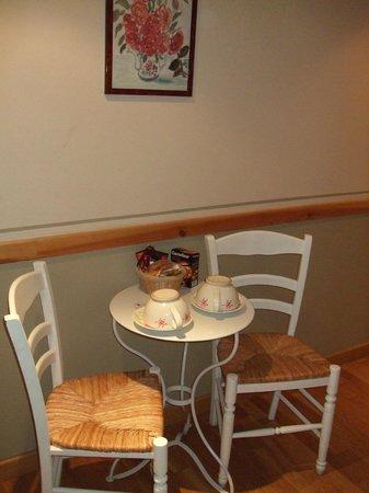 Hotel Residence Quintinie: Blick auf Essecke vom Bett