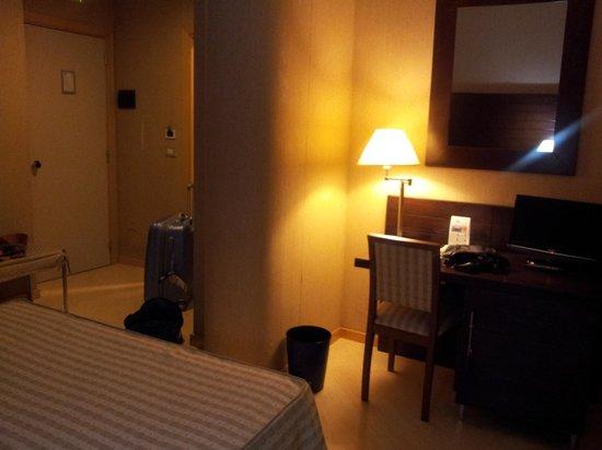 Hotel Diecimare: stanza