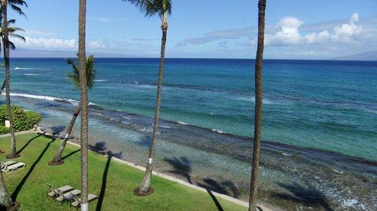 Paki Maui Resort: ocean edge