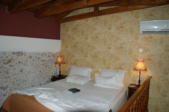 Casa Moazzo Suites & Apartments: Lit en mezzanine Suite Andromeda juin 2013