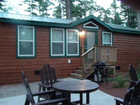 Boston/Cape Cod KOA: Cabin