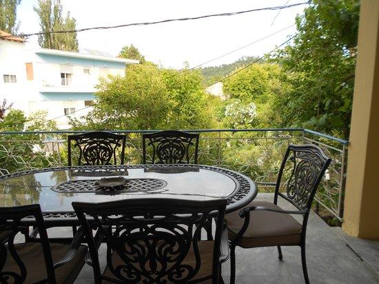 Hotel Athanasia: La tarrazza davanti alla mia stanza