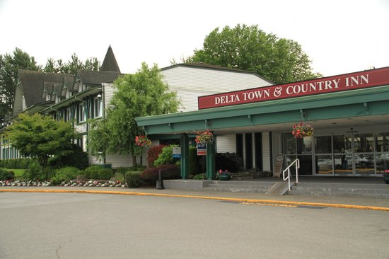 Delta Town & Country Inn