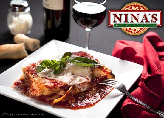 Nina's Pizzeria: Lasagna