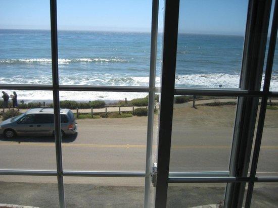 Sand Pebbles Inn : Fabulous View 218