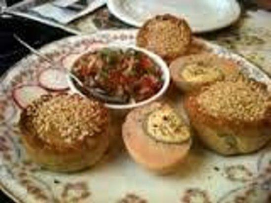 Barood: pastelicos (sefaradi food)