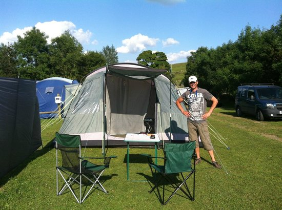 The Cross Inn : great tent pitches with electric hookup