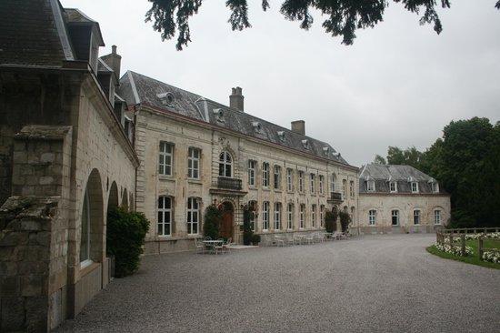 Le Chateau de Cocove : Front of hotel