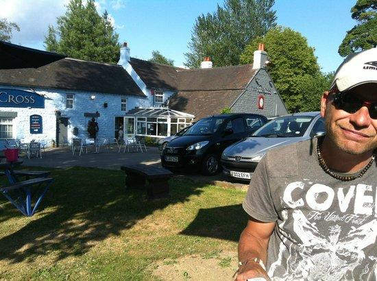 The Cross Inn : sitting outside the pub