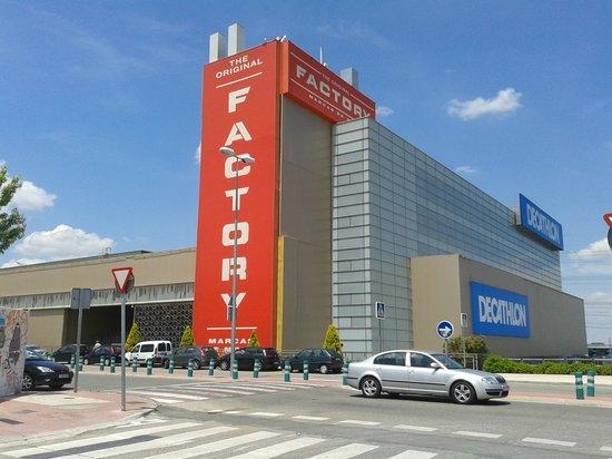 O factory fotograf a de san sebastian de los reyes the for Padel san sebastian de los reyes