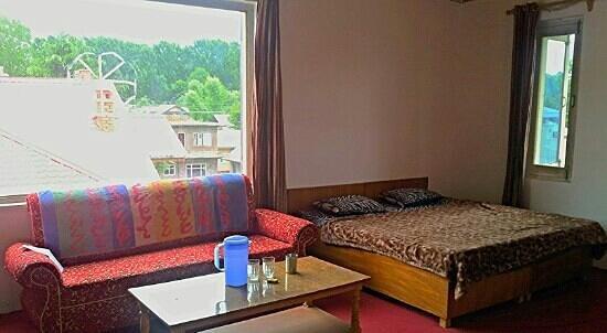 De Rock Inn: bed I slept on
