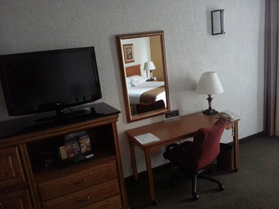 Drury Inn & Suites Amarillo: Desk and Chair