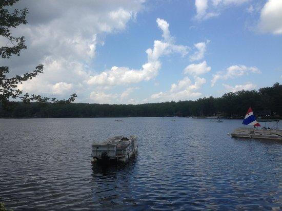 Woodloch Pines Resort : Lake