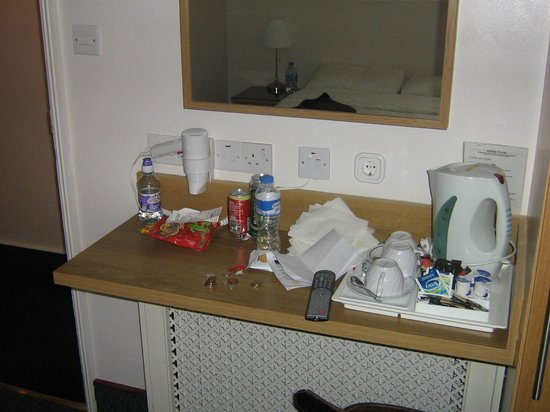 Adria Hotel : Rubbish left on Dressing Table in room.