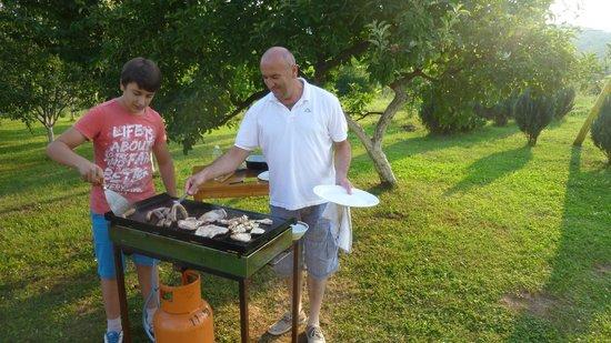 House Tina: Il Barbecue