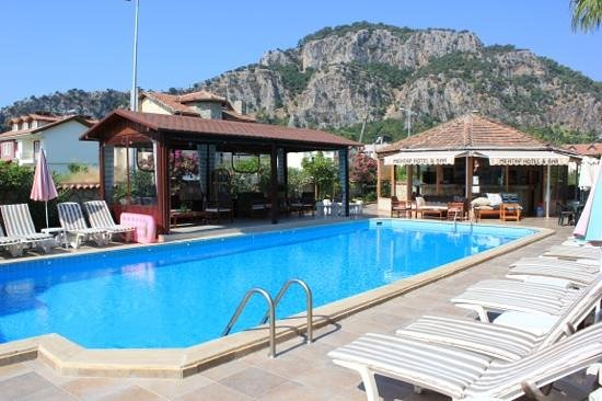 Mehtap Hotel Dalyan: Lovely pool area at the Mehtap