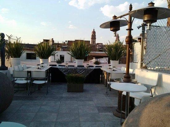 M Hoteles Concepto : La mejor vista en la terraza del hotel.