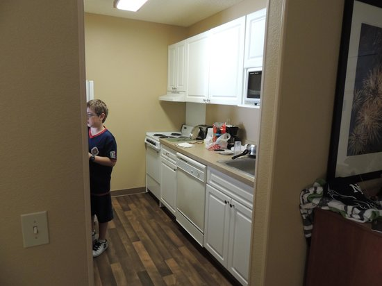 Extended Stay America - Orlando Theme Parks - Vineland Rd.: room 206