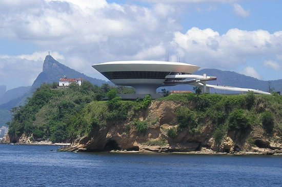 Museum for moderne kunst (Museu Contempora)