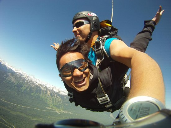 Skydive Extreme Yeti: Its a beautiful day for a skydive!