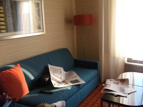 Fairfield Inn & Suites Elmira Corning: Couch