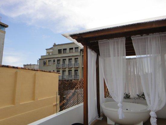 Alfiz Hotel : Rooftop Lounge Area