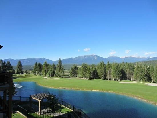 Bighorn Meadows Resort : view from our deck