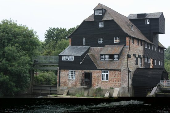 Houghton Mill (National Trust): The Mill from the river