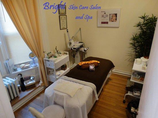 Bright Spa Salon: Bright Skin Care Salon 2