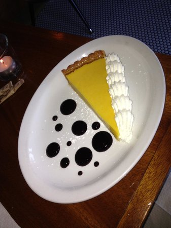 Les Faux Bourgeois : Passion Fruit Torte with berry dots