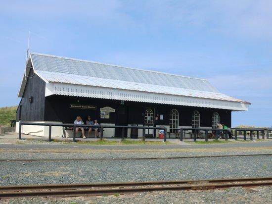 Lawrenny Lodge: station