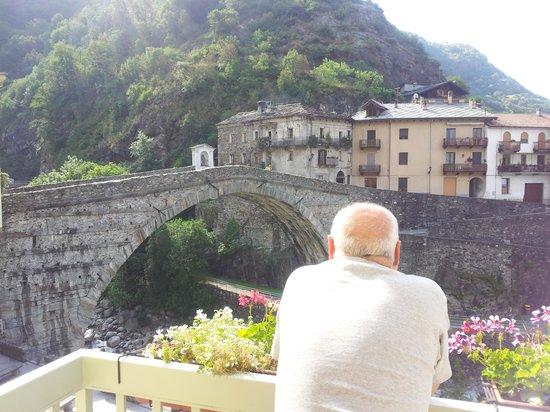 Hotel Ponte Romano : Vista dal balcone