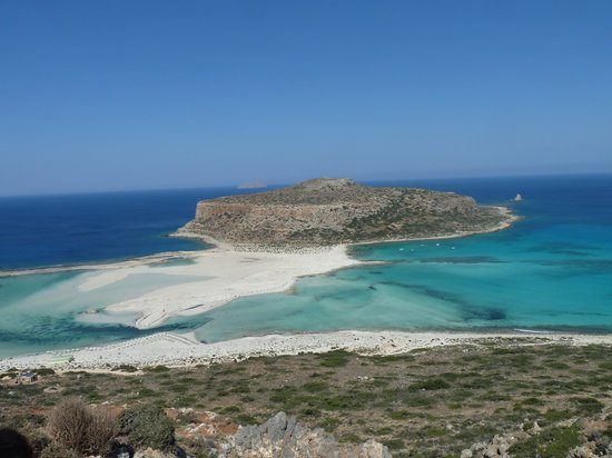 Olive Tree Apartments: Balos Beach