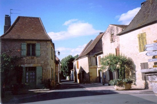 Le Vieux Logis: The village of Tremolat