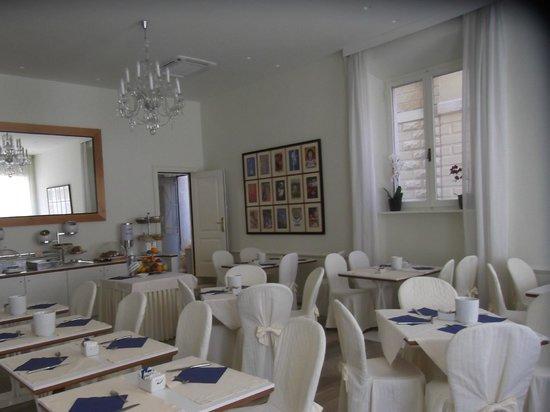 Hotel Italia: Breakfast Room