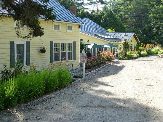 Tucker Hill Inn: Well done property