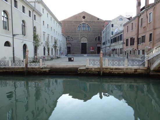 Al Bailo di Venezia : Museum directly across from Al Bailo Apartments