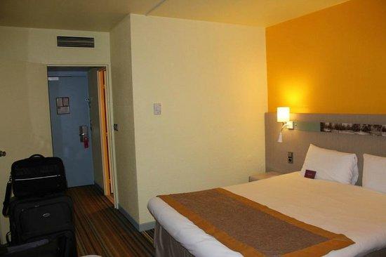 Mercure Paris Sud Parc du Coudray: room view