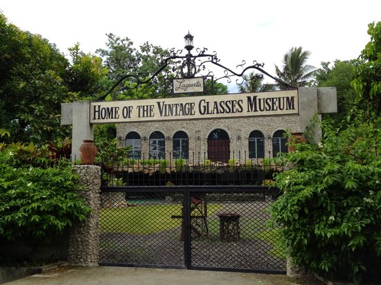 Laguerta Home of the Vintage Glasses Museum